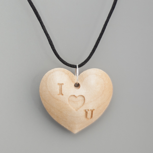 I (heart) U Necklace
